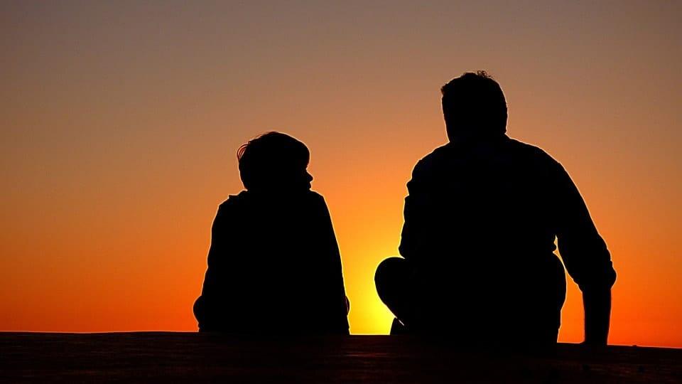 Cosa fare se mio figlio Mio figlio adolescente non vuole andare dallo psicologo?